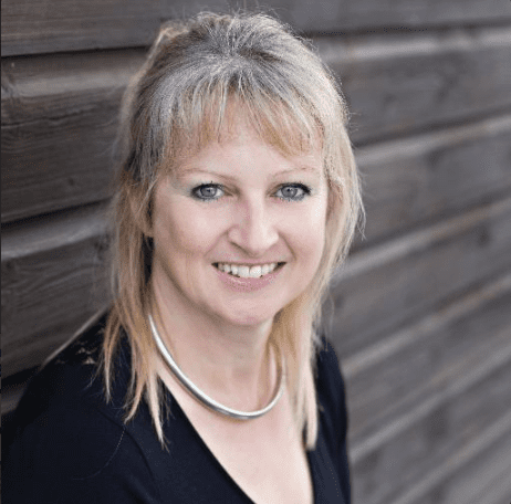 Nina Haydon business podcast http://globaldotmedia.com